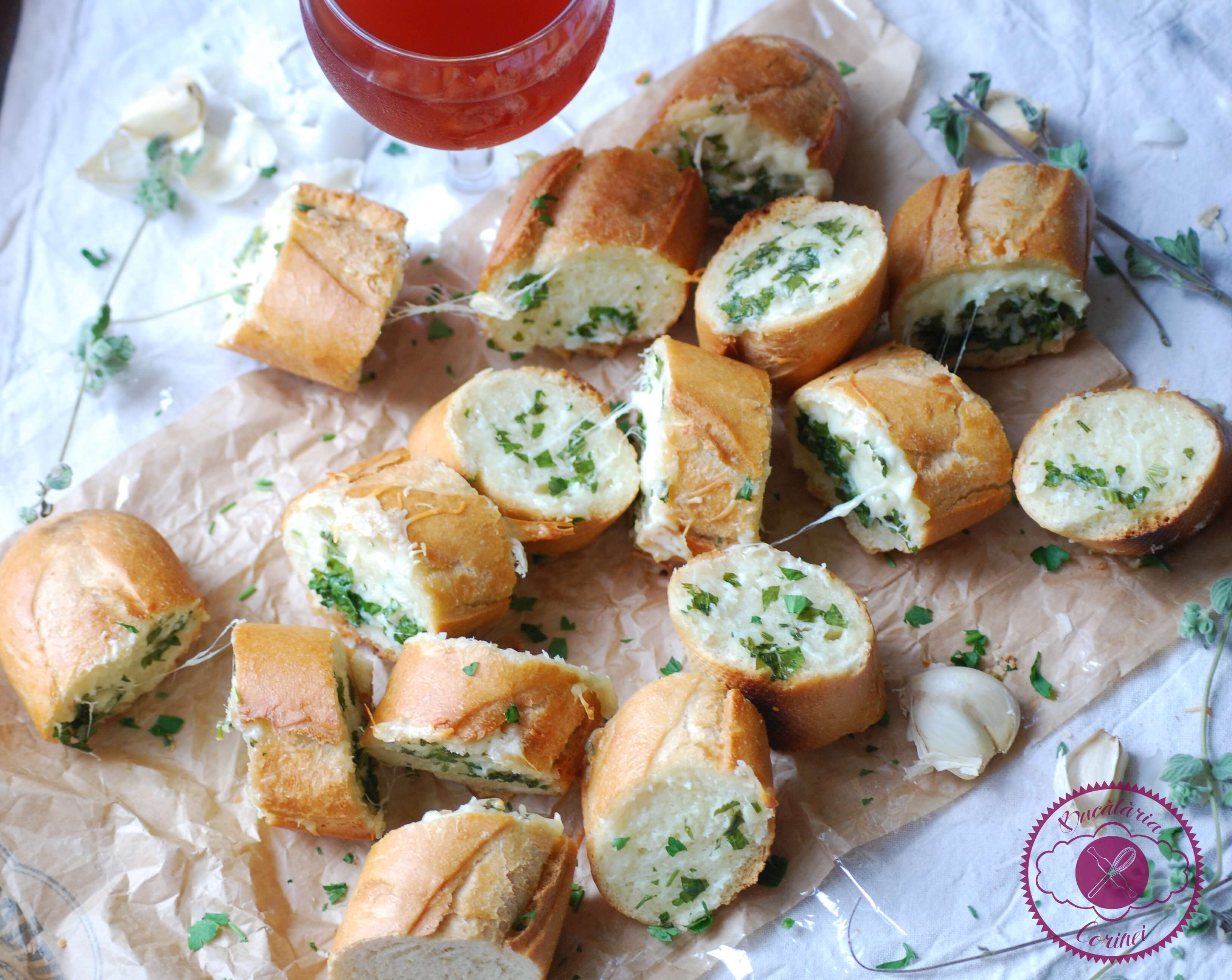 Paine cu usturoi (Garlic bread)