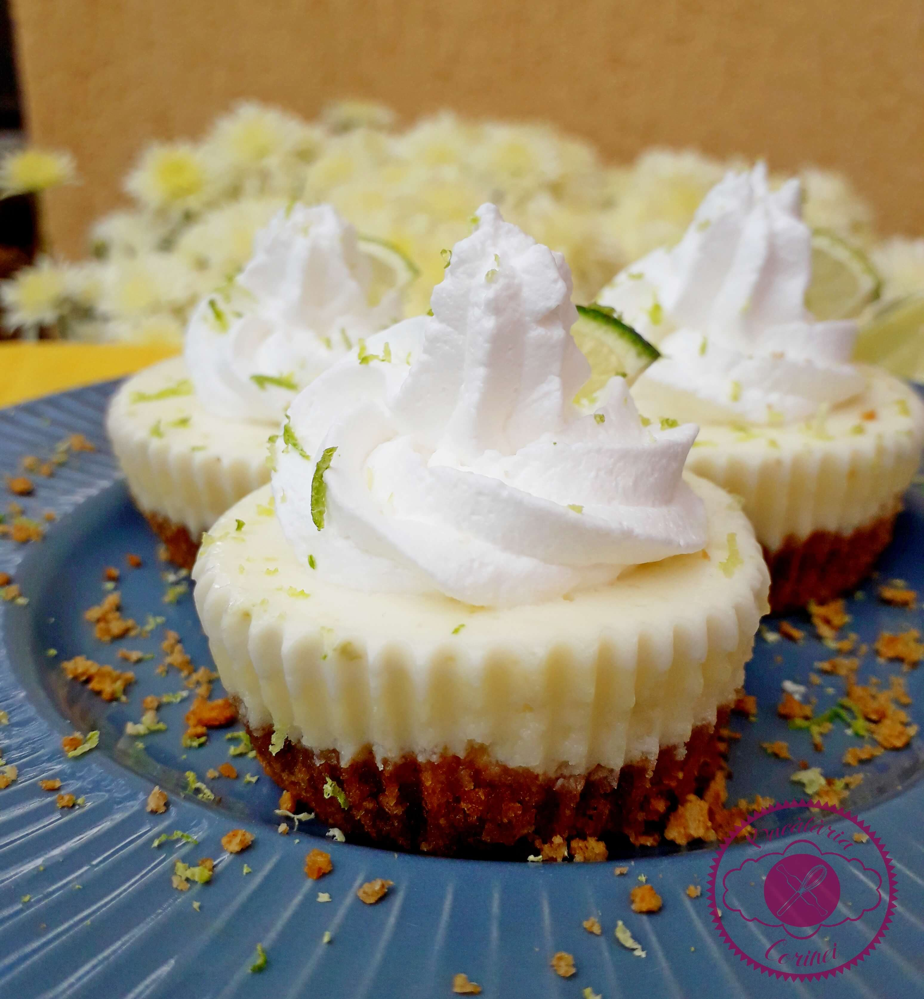 Mini cheesecakes cu lime